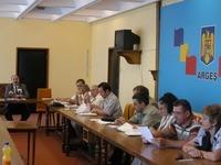 Scandal ca-n piata la Universitatea Pitesti