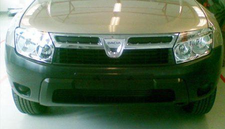 Primele imagini cu Dacia SUV
