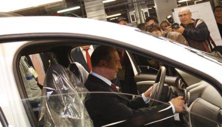 Basescu a vizitat Uzinele Dacia-Renault