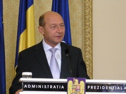 Basescu, validat de CCR