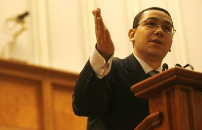 Breaking news: Ponta candideaza in locul lui Nastase
