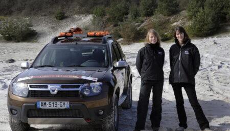 Duster condus de femei in Raliul Marcocului