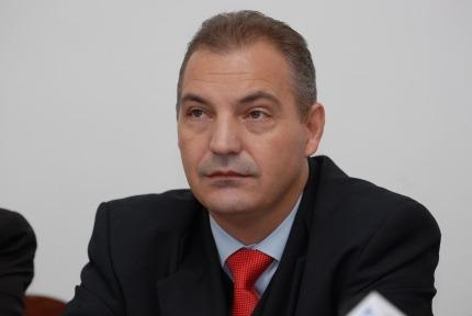 OAMENII STRĂZII, ÎN ATENȚIA UNUI DEPUTAT DE ARGEȘ
