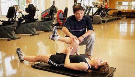 Cum te mentii in forma: sala sau fitness acasa