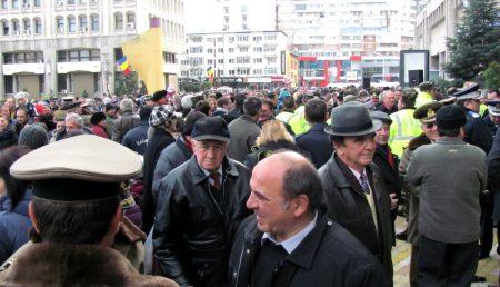 ÎMBĂTRÂNIREA POPULAȚIEI ÎN ARGEȘ, LA COTE ALARMANTE!!! DATE ȘI GRAFICE DE ULTIMĂ ORĂ!