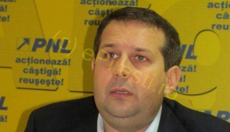 THEODOR NICOLESCU ACUZĂ PSD CĂ BLOCHEAZĂ INTABULAREA GRATUITĂ