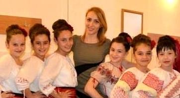 MARIA MIRABELA, PROFA' DE TOP DANCE DIN TOPOLOVENI
