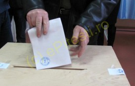 SE CAUTĂ OPERATORI PENTRU SECŢIILE DE VOTARE