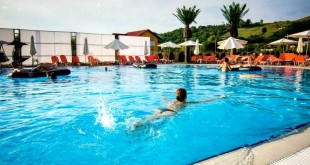 MINIVACANȚA DE RUSALII, LA SUNRISE BEACH RESORT