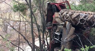 tractor-rasturnat-satic-fosto-isu-arges-1