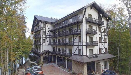 HOTEL CELEBRU DIN ARGEȘ, OFERTE SPECIALE