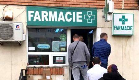 MIOVENI: FARMACII DESCHISE ÎN MINIVACANȚĂ