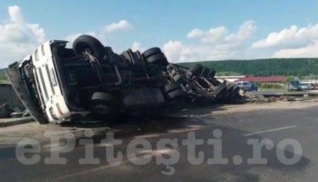 (VIDEO) BASCOV: ACCIDENT. TIR RĂSTURNAT