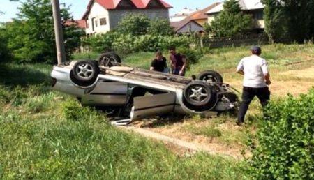 BASCOV: ACCIDENT, MAȘINĂ RĂSTURNATĂ
