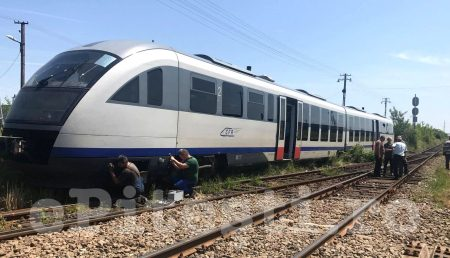 (VIDEO) GOLEȘTI: TREN SĂRIT DE PE ȘINE