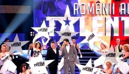 """ARGEȘEAN DE LA """"ROMÂNII AU TALENT"""", RECLAMAT LA PRIMĂRIE"""
