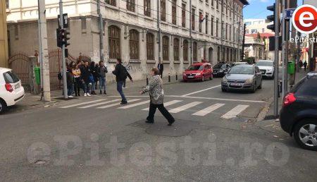 """POLIȚIȘTII ARGEȘENI AVERTIZEAZĂ CU PRIVIRE LA """"SPECIFICUL DE RELAXARE"""""""
