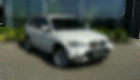ȘOFER DE BMW X5, TRAS PE DREAPTA ȘI PENALIZAT