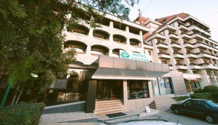 NU RATAŢI! HOTEL DIN ARGEŞ, OFERTĂ PENTRU 1 DECEMBRIE