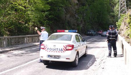 POLIȚIA ANUNȚĂ TRAFIC RESTRICȚIONAT ÎN ARGEȘ