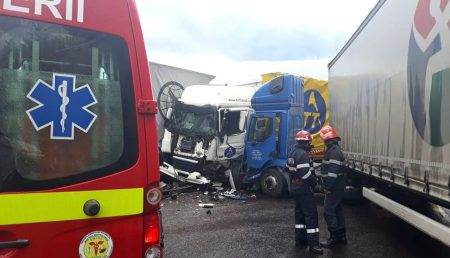 (VIDEO) UPDATE: ACCIDENT CU 3 TIR-URI