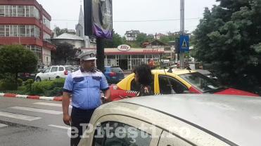 (VIDEO) ȘOFERIȚĂ AMENDATĂ AZI ÎN PITEȘTI. CUM A REACȚIONAT