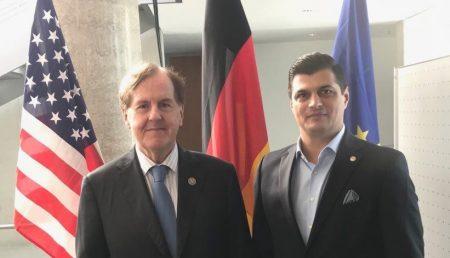 PRO ROMÂNIA, REPREZENTARE LA NIVEL INTERNAȚIONAL