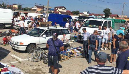 FLAGRANT AZI ÎN TÂRGUL SĂPTĂMÂNAL