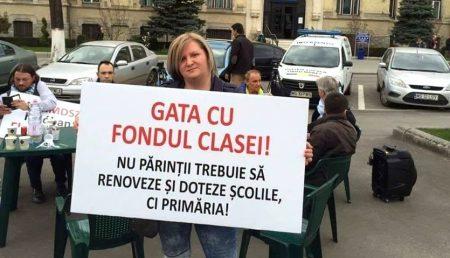 """""""GATA CU FONDUL CLASEI!"""" PĂRINȚI ȘI PROFESORI, REACȚII ÎN LANȚ"""