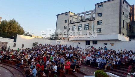 CARAVANA FILMULUI ROMÂNESC, LA GRĂDINA DE VARĂ ȘI ÎN PARCUL LUMINA