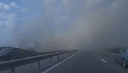 (VIDEO) UPDATE: NORI DE FUM PE AUTOSTRADA PITEȘTI-BUCUREȘTI