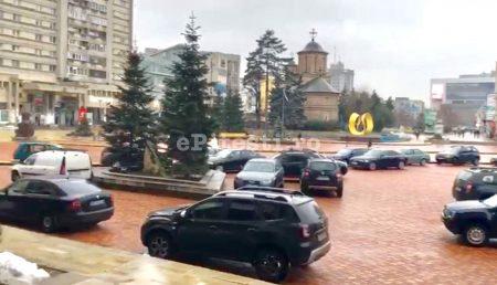 """(VIDEO) UPDATE: """"BOIERIMEA"""" ARGEȘEANĂ, PARCARE CU REGIM SPECIAL. POLIȚIA LOCALĂ: """"VOM LUA MĂSURI"""""""