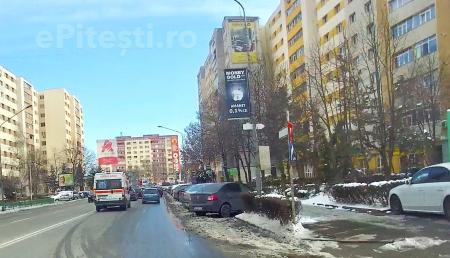 (VIDEO) PRIMĂRIA MAI BETONEAZĂ UN SPAȚIU VERDE