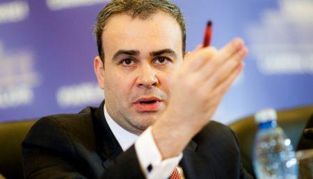 DARIUS VÂLCOV, LĂSAT FĂRĂ PERMIS ÎN ARGEȘ