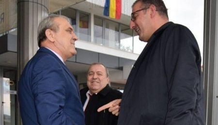PRIMARUL GEORGESCU ȘI NOUL ȘEF DE LA DACIA AU BĂTUT PALMA