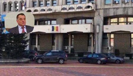 """(VIDEO) ȘTABII PARCHEAZĂ ÎN PIAȚA """"MILEA"""" PENTRU CĂ AȘA VREA IONICĂ!"""