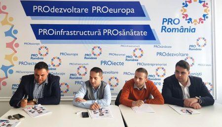 PRO ROMÂNIA ARGEȘ ȘI-A PREZENTAT ECHIPA DE TINERET