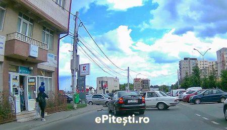 (VIDEO) ACCIDENT LIVE ÎN ZONA KAUFLAND GĂVANA