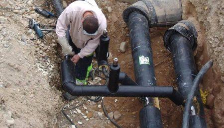 Zeci de blocuri fără apă caldă, mâine, într-un cartier din Piteşti