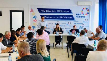 (VIDEO) PRO ROMÂNIA, ÎNTÂLNIRE REGIONALĂ ÎN ARGEȘ