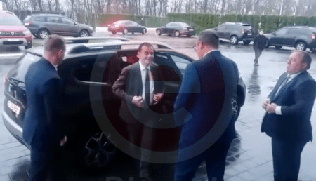(VIDEO) ORBAN, VIZITĂ LA DACIA