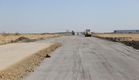 S-a semnat contractul pentru ultimul tronson din drumul expres Craiova-Piteşti