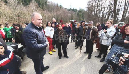 (VIDEO) UPDATE: REVOLTĂ ÎN NUCȘOARA ÎMPOTRIVA CENTRELOR DE CARANTINĂ CORONAVIRUS