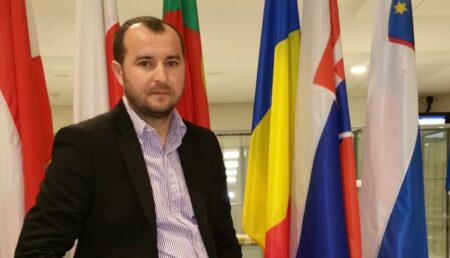 Budeasa: Primarul Mihai Rachieru, mesaj special pentru profesori