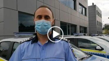 (VIDEO) ZECI DE POLIŢIŞTI ARGEŞENI FAC VERIFICĂRI ÎN TRAFIC. RECOMANDĂRILE IPJ ARGEŞ