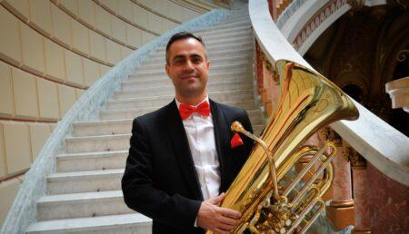 Piteșteanul Laurențiu Sima, solist în concertul simfonic de la Filarmonica Pitești