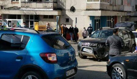 ACUM: Accident în Curtea de Argeș. Intervine SMURD