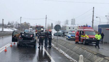 UPDATE/VIDEO: Accident pe DN 73. O femeie a ajuns la spital