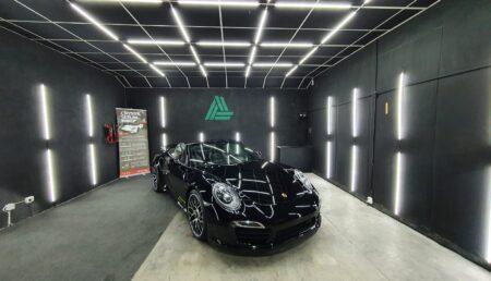 Video: Porsche 911 Turbo S, la Auro Detailing. Serviciu de cosmetizare auto, în Pitești