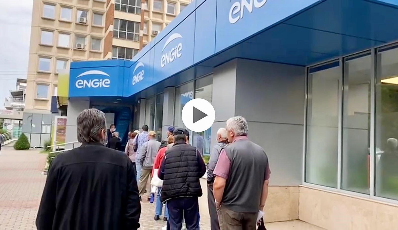 Video – Coadă la contracte pentru gaze în Pitești